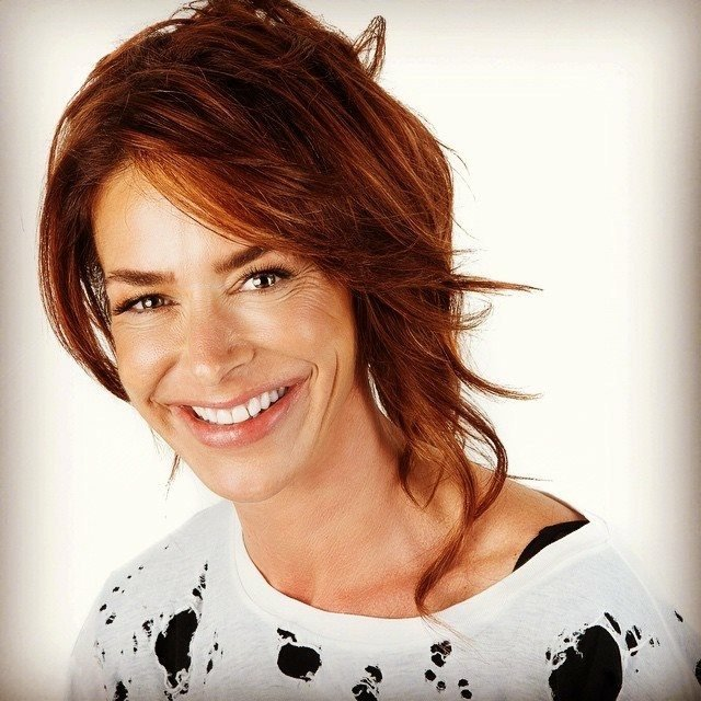 An INNER VIEW with Claudia Wells
